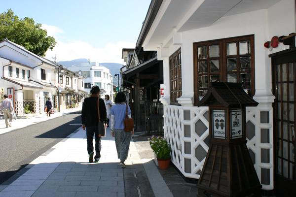 蔵の街「中町通り」